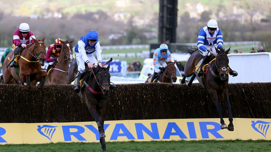 Aso leads Frodon over the last in the Ryanair