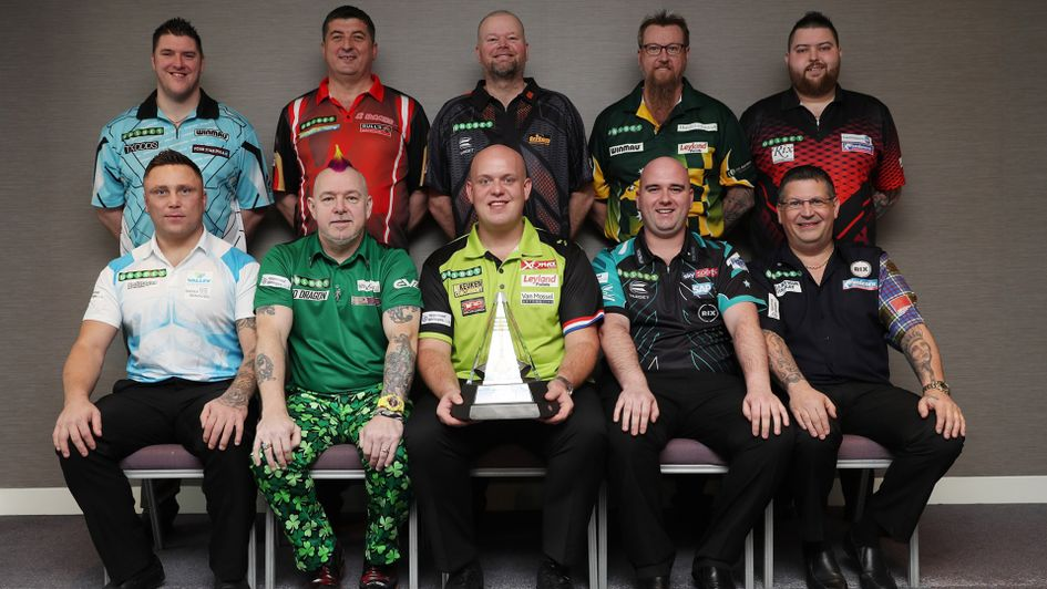The 2018 Premier League Darts line-up (Picture Lawrence Lustig/PDC)