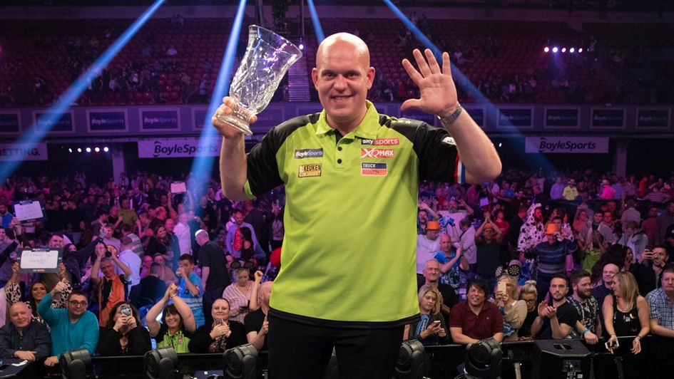 World Grand Prix darts 2020: Draw, schedule, betting odds, results ...