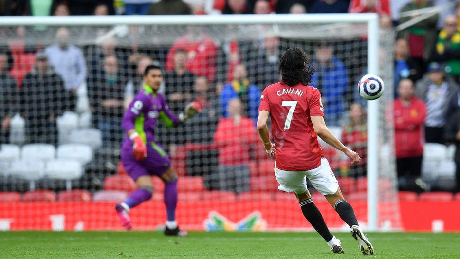 Watch: Edinson Cavani scores remarkable goal for Manchester United against  Fulham