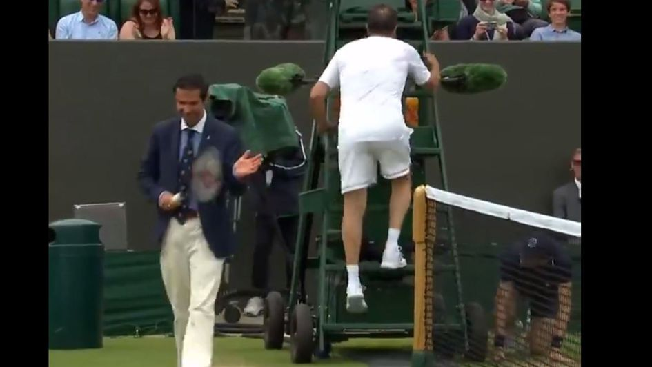 The umpire was invited to join in at Wimbledon - so he did!