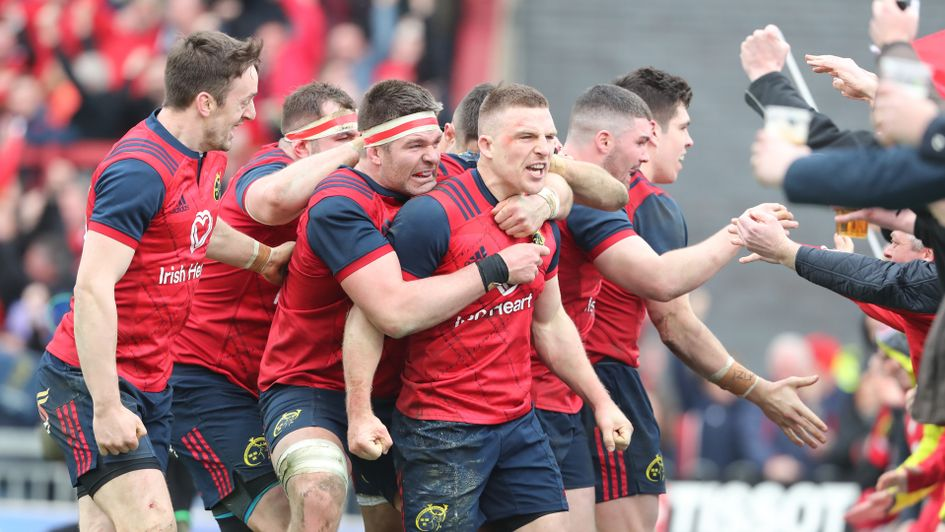 Andrew Conway and his Munster team-mates celebrate