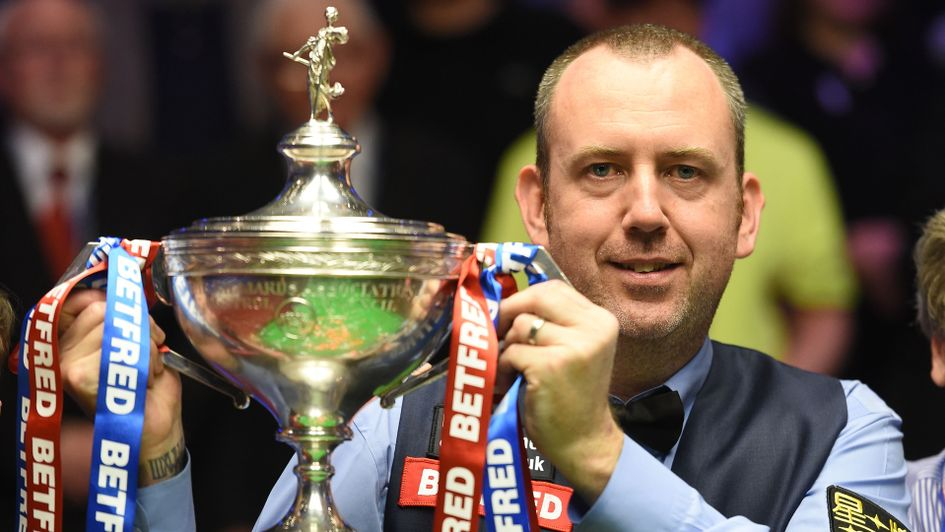 Mark Williams held off John Higgins to win the world title