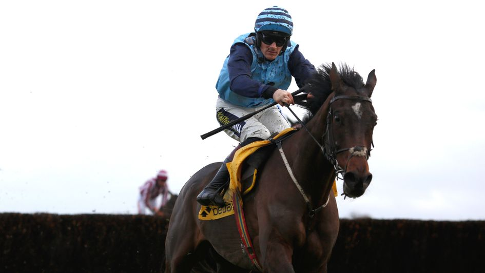Riders Onthe Storm on his way to Ascot success