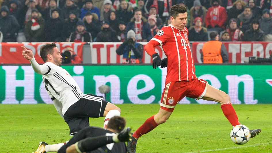 Robert Lewandowski scores another for Bayern Munich