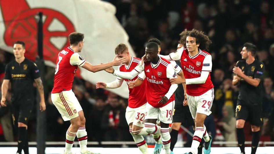 """Résultat de recherche d'images pour """"Arsenal 3:2 Guimaraes"""""""