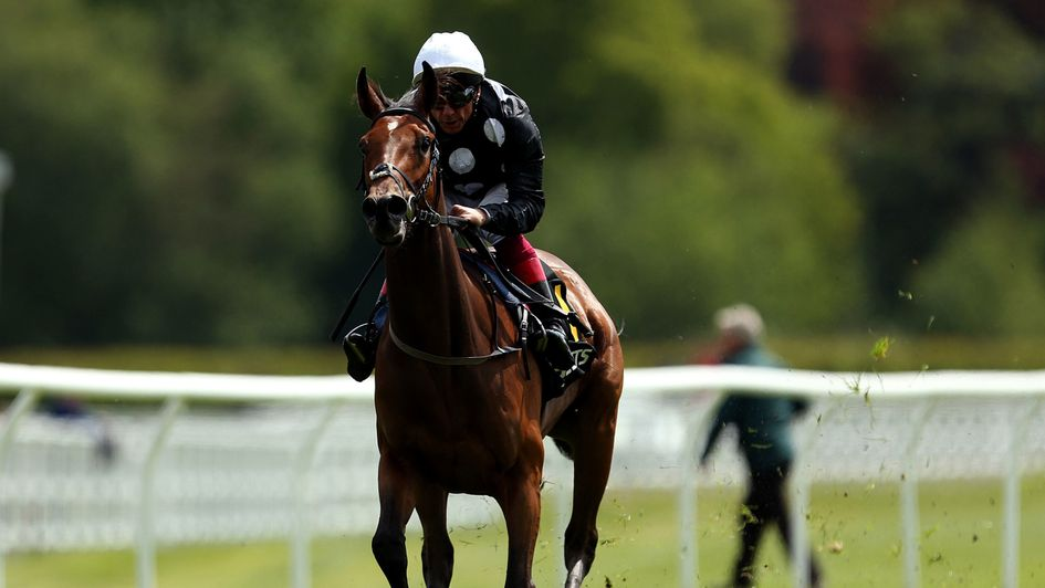 Anapurna is clear of her rivals at Lingfield