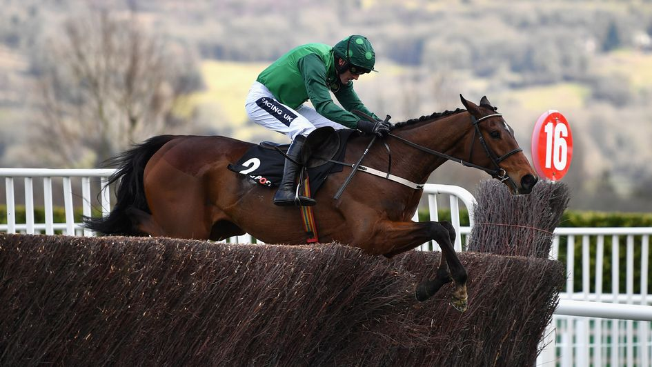 Footpad and Ruby Walsh on their way to victory