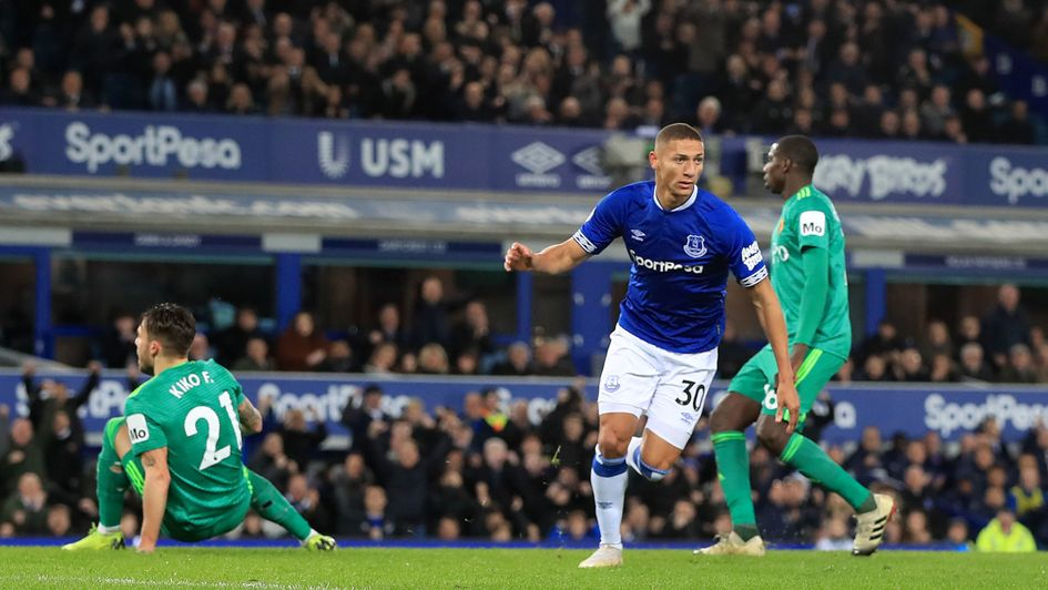 Richarlison scores for Everton