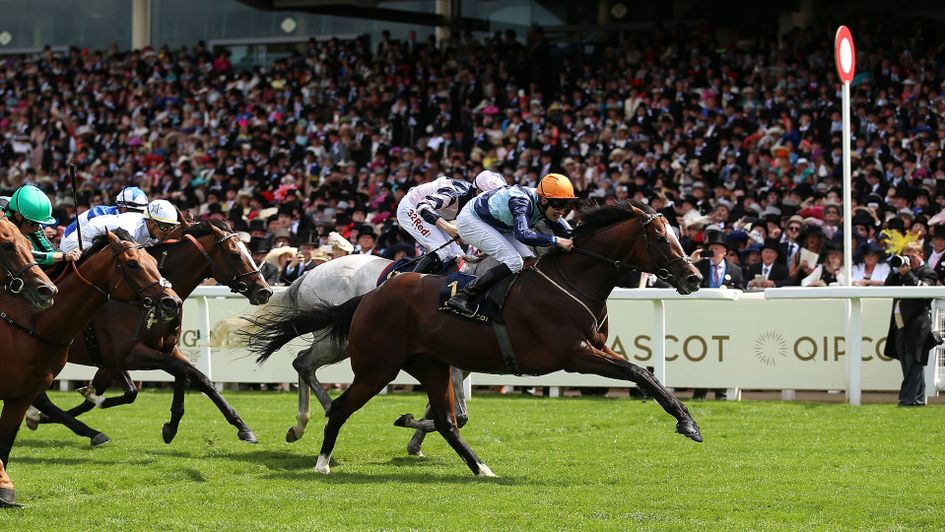 Accidental Agent beats Lord Glitters in the Queen Anne Stakes