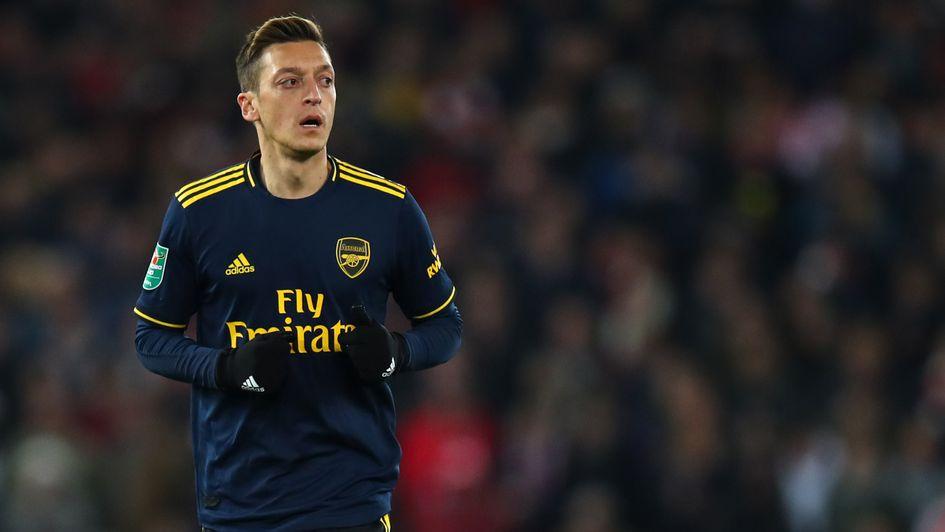Mesut Ozil: Le meneur de jeu impressionné à son retour pour Arsenal