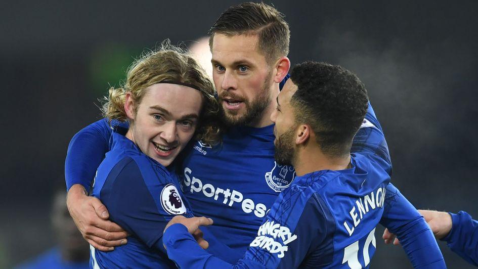 e68d542031e Everton news  Iceland midfielder Gylfi Sigurdsson injury blow for ...