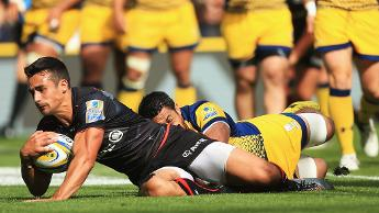 Lozowski in action for Saracens